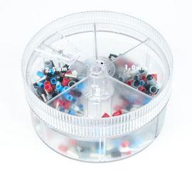Een ronde assortimentsdoos met 400 enkelvoudige geïsoleerde adereindhulzen in verschillende kleuren.